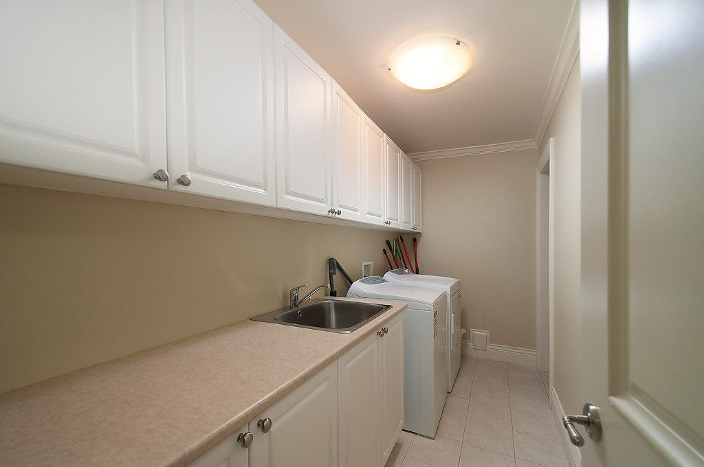 Photo 32: Photos: 4069 W 34TH Avenue in Vancouver: Dunbar House for sale (Vancouver West)  : MLS®# V1086034