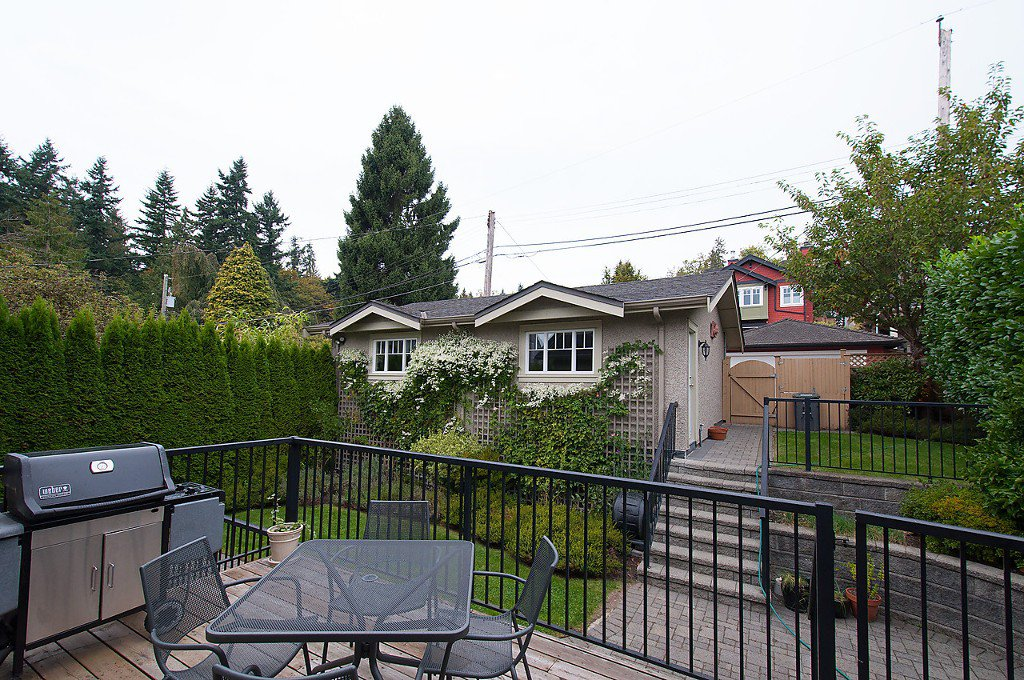 Photo 34: Photos: 4069 W 34TH Avenue in Vancouver: Dunbar House for sale (Vancouver West)  : MLS®# V1086034