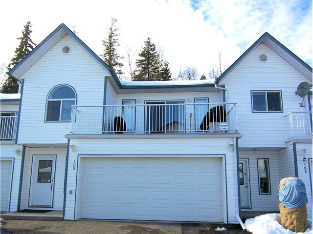 """Main Photo: 109 6855 DOMANO Boulevard in Prince George: Lower College Townhouse for sale in """"DOMANO VILLA"""" (PG City South (Zone 74))  : MLS®# N242421"""