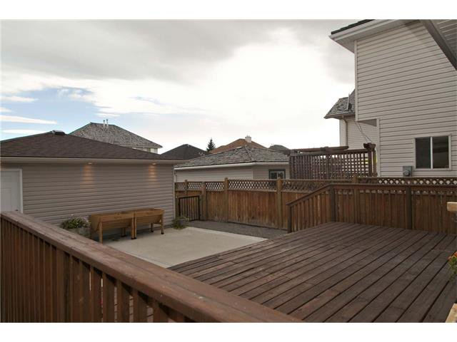 Photo 18: Photos: 115 CHAPARRAL RIDGE Way SE in Calgary: Chaparral House for sale : MLS®# C4033795