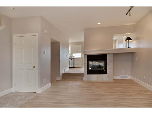 Photo 2: Photos: 115 CHAPARRAL RIDGE Way SE in Calgary: Chaparral House for sale : MLS®# C4033795