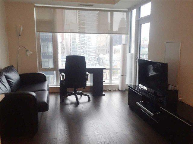 Photo 6: Photos: 2207 21 Widmer Street in Toronto: Waterfront Communities C1 Condo for lease (Toronto C01)  : MLS®# C3346603
