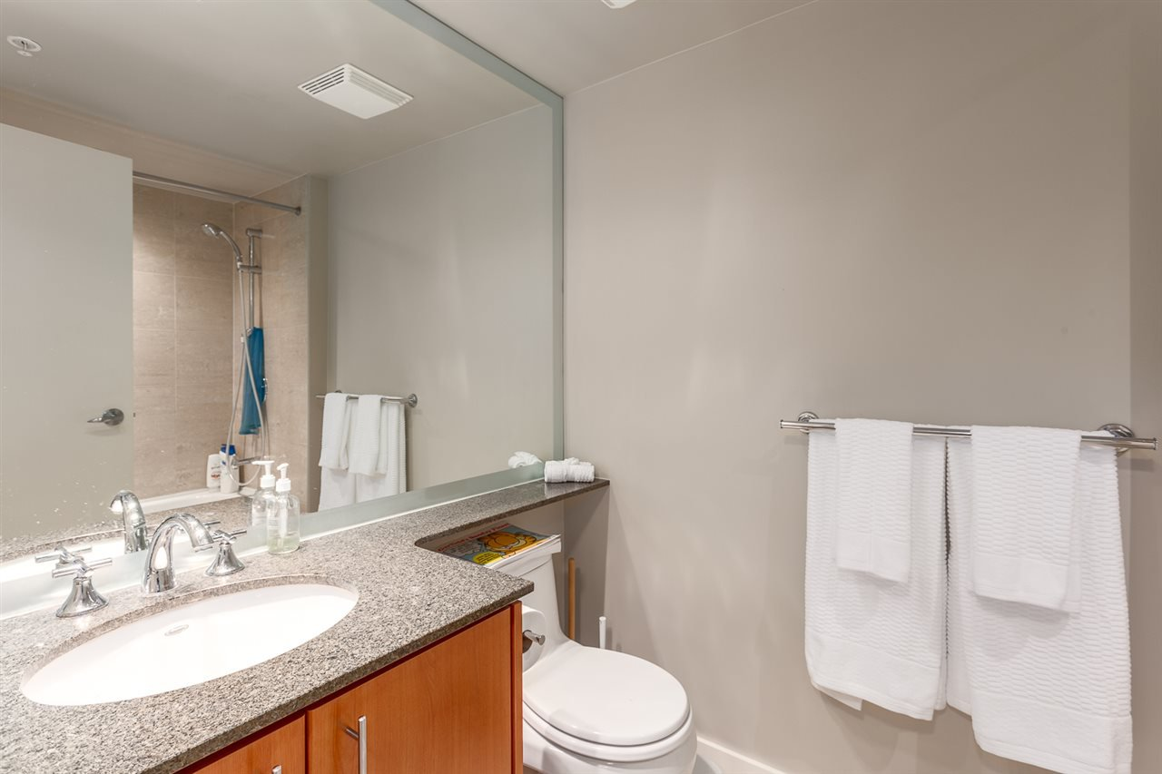 Photo 11: Photos: 705 550 PACIFIC Street in Vancouver: Yaletown Condo for sale (Vancouver West)  : MLS®# R2017083