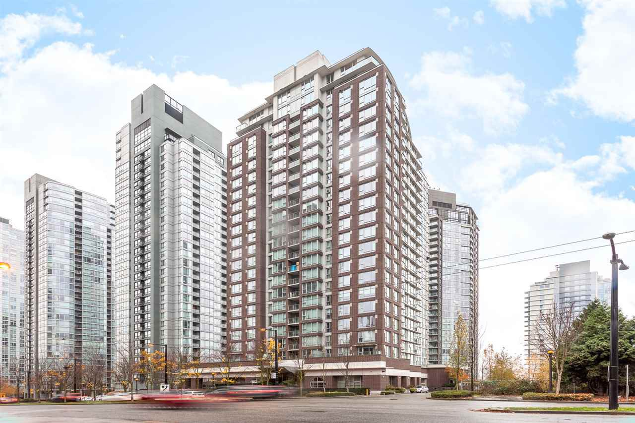 Photo 14: Photos: 705 550 PACIFIC Street in Vancouver: Yaletown Condo for sale (Vancouver West)  : MLS®# R2017083