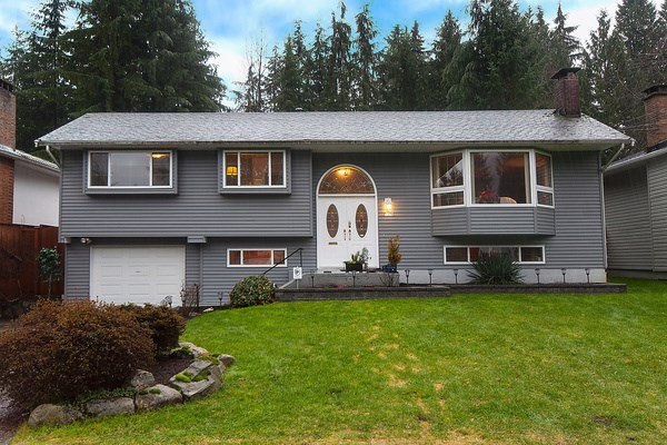 "Main Photo: 1379 CHUCKART Place in North Vancouver: Westlynn House for sale in ""WESTLYNN"" : MLS®# R2024021"
