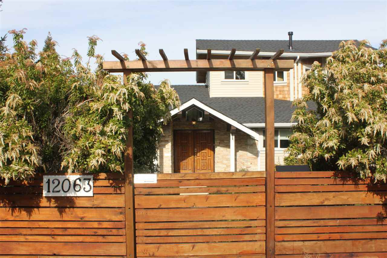 Main Photo: 12063 100A Avenue in Surrey: Cedar Hills House for sale (North Surrey)  : MLS®# R2039565
