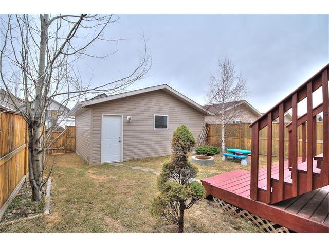 Photo 29: Photos: 527 EVERMEADOW Road SW in Calgary: Evergreen House for sale : MLS®# C4056995