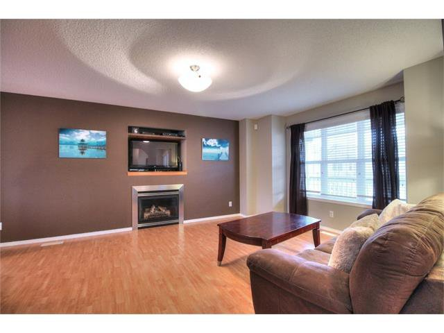 Photo 8: Photos: 527 EVERMEADOW Road SW in Calgary: Evergreen House for sale : MLS®# C4056995