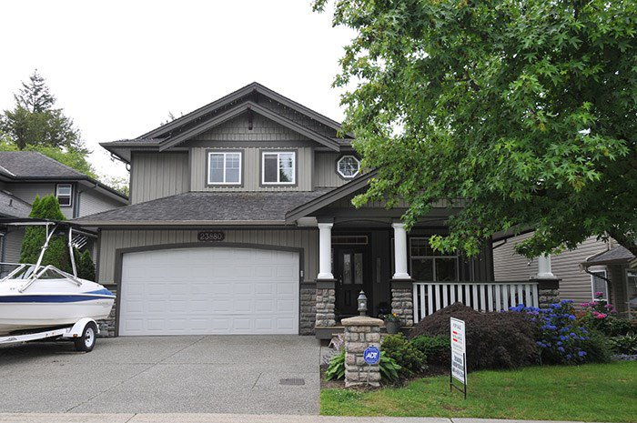 Photo 1: Photos: 23880 117B Avenue in Maple Ridge: Cottonwood MR House for sale : MLS®# R2083636