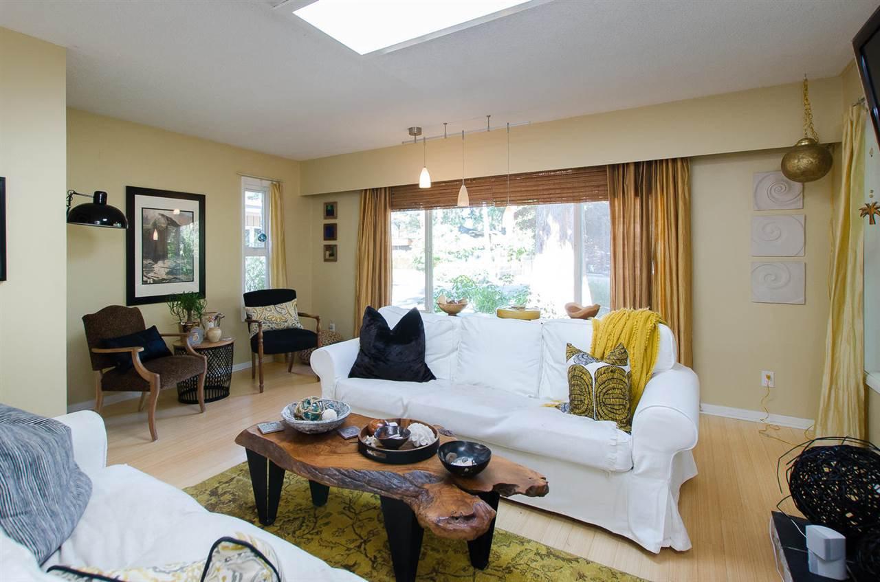 "Photo 3: Photos: 1430 ENDERBY Avenue in Delta: Beach Grove House for sale in ""BEACH GROVE"" (Tsawwassen)  : MLS®# R2131023"