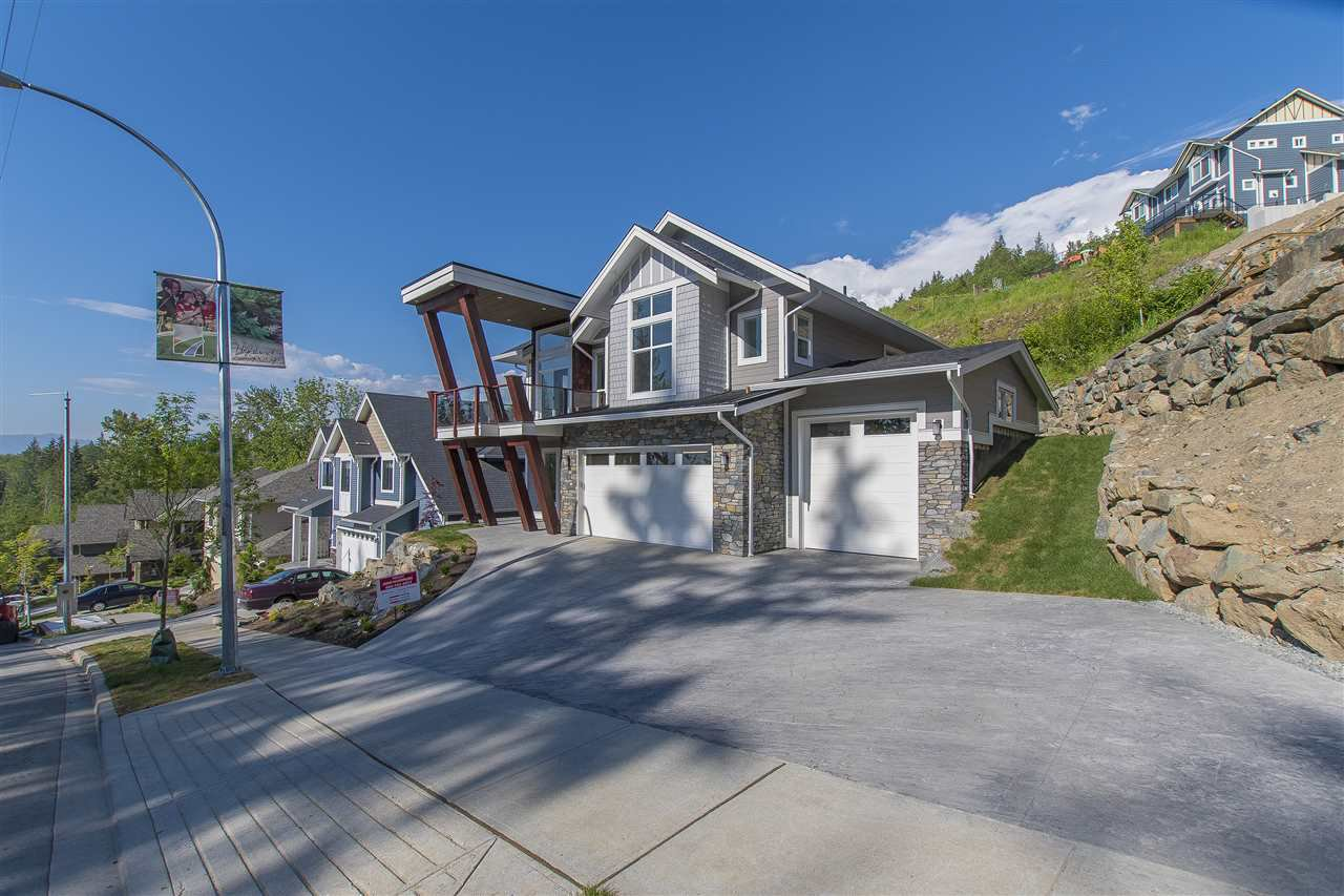"Main Photo: 7280 RAMSAY Place in Chilliwack: Eastern Hillsides House for sale in ""Highland Springs"" : MLS®# R2165748"