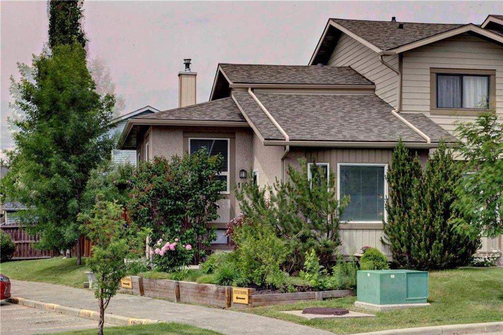 Photo 1: Photos: 110 DEERFIELD Terrace SE in Calgary: Deer Ridge House for sale : MLS®# C4123944
