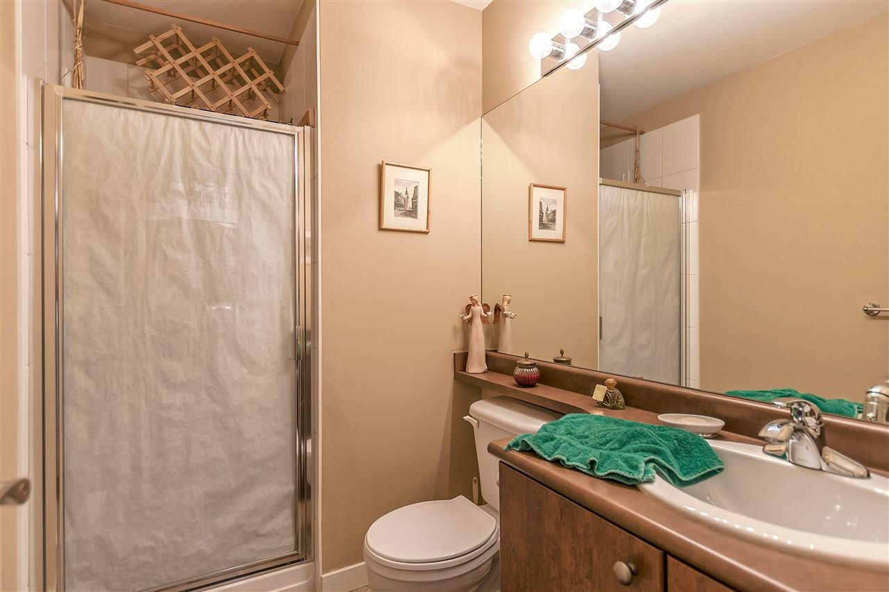 """Photo 20: Photos: 16 16789 60 Avenue in Surrey: Cloverdale BC Townhouse for sale in """"LAREDO"""" (Cloverdale)  : MLS®# R2190662"""