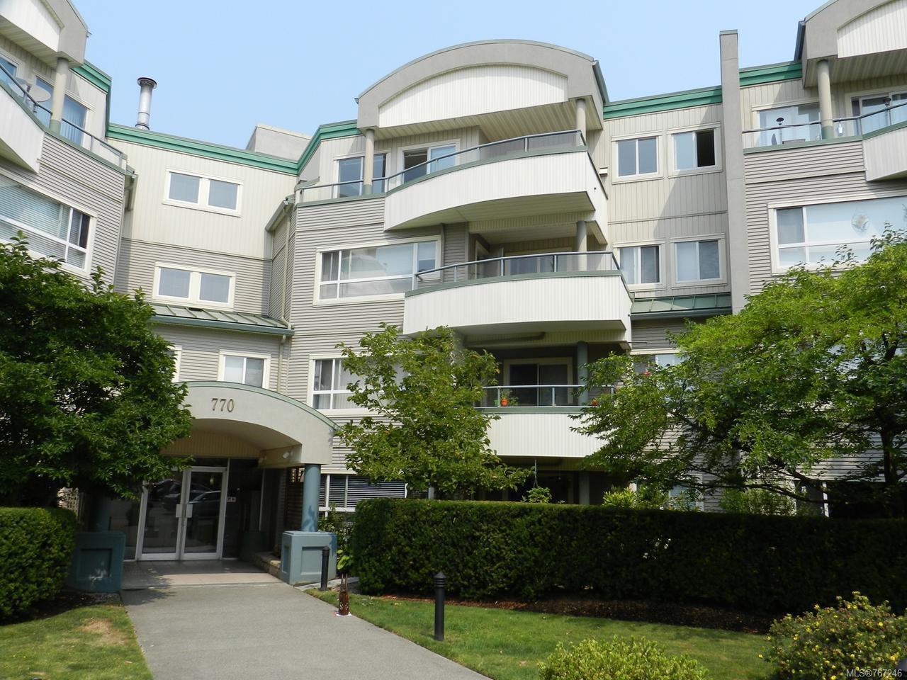 Main Photo: 404 770 POPLAR STREET in NANAIMO: Na Brechin Hill Condo for sale (Nanaimo)  : MLS®# 767246