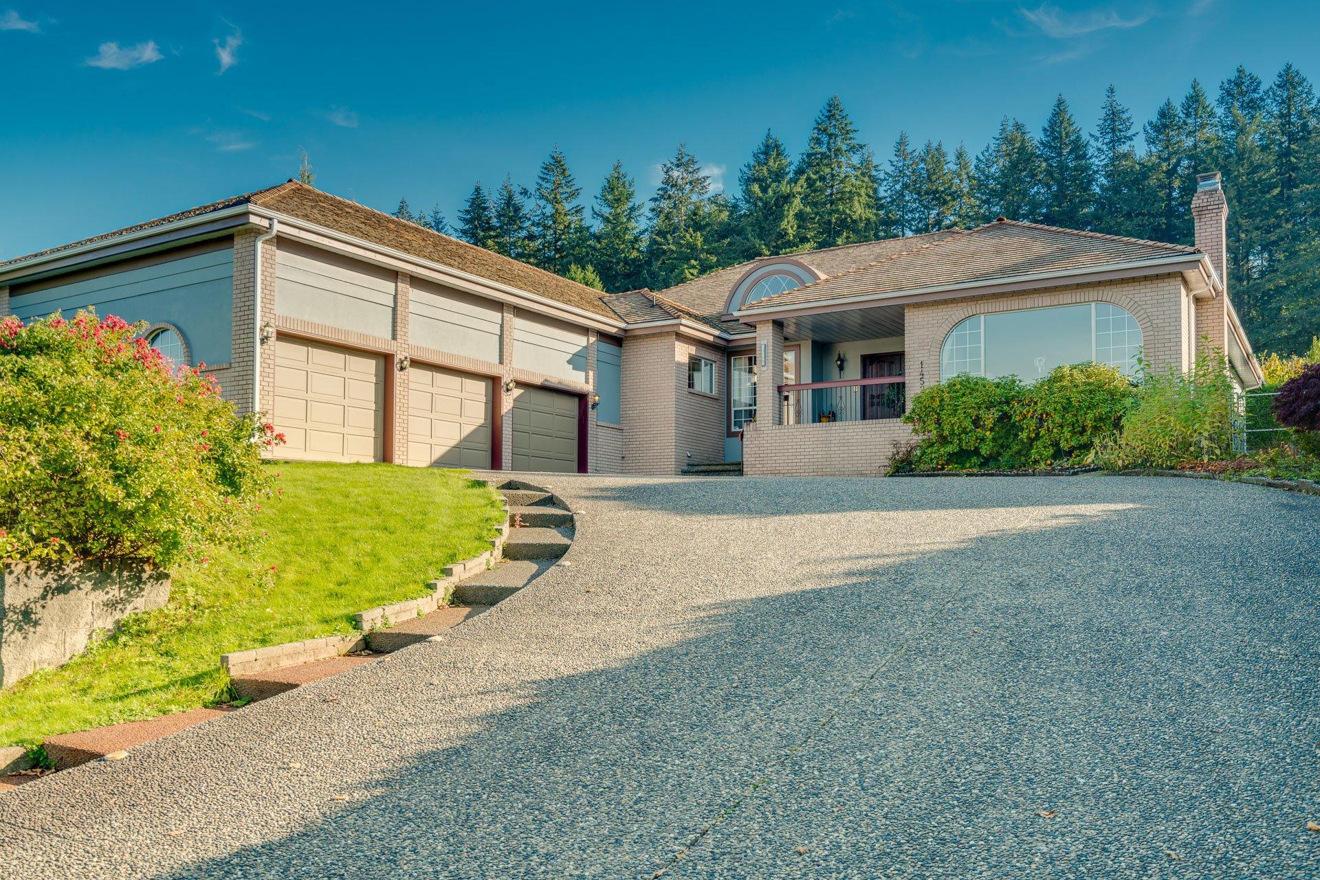 "Main Photo: 14522 29 Avenue in Surrey: Elgin Chantrell House for sale in ""ELGIN CHANTRELL"" (South Surrey White Rock)  : MLS®# R2314832"
