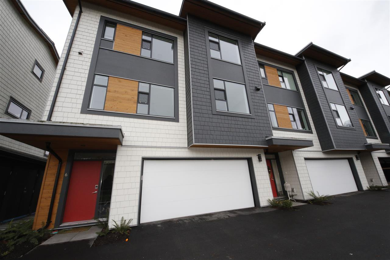 """Main Photo: 6 38447 BUCKLEY Avenue in Squamish: Downtown SQ Townhouse for sale in """"ARBUTUS GROVE"""" : MLS®# R2330599"""