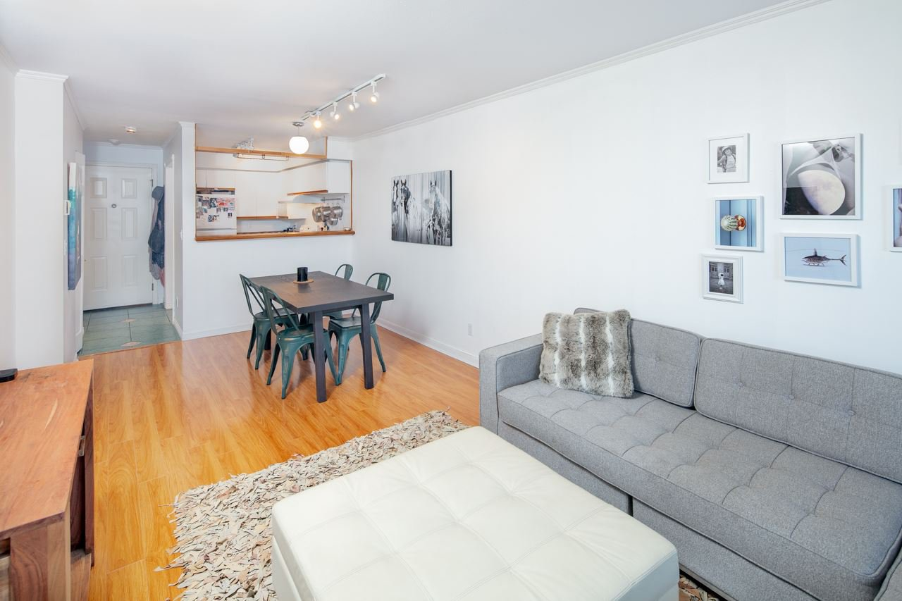 Main Photo: 202 507 E 6TH Avenue in Vancouver: Mount Pleasant VE Condo for sale (Vancouver East)  : MLS®# R2372767
