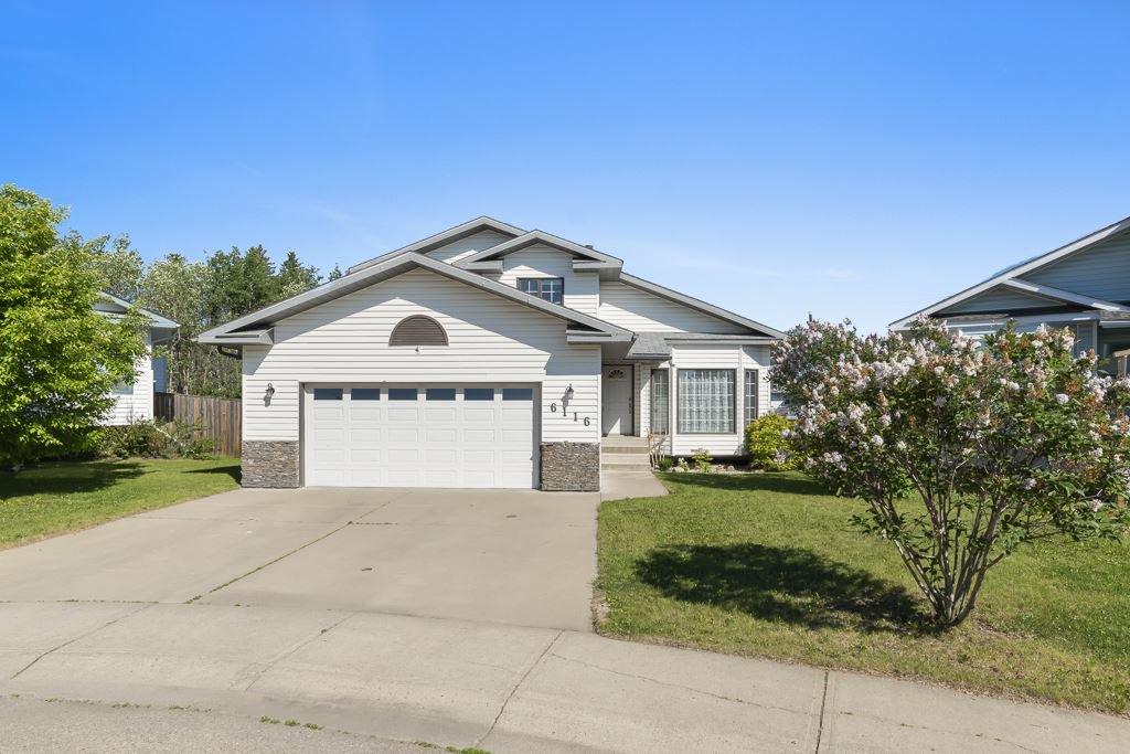 Main Photo: 6116 53 Avenue: Cold Lake House for sale : MLS®# E4162588