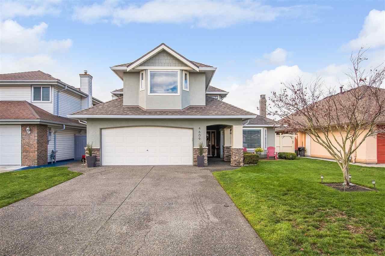 Main Photo: 4609 KENSINGTON Court in Delta: Holly House for sale (Ladner)  : MLS®# R2519318