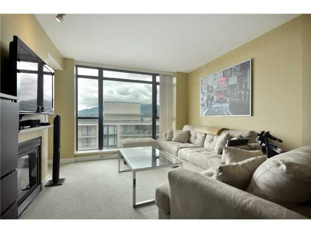 """Photo 4: Photos: 1505 155 W 1 Street in North Vancouver: Lower Lonsdale Condo for sale in """"TIME"""" : MLS®# V891188"""