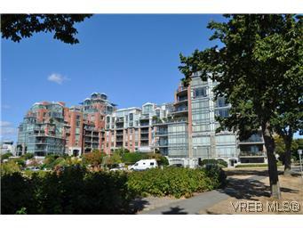 Main Photo: 304 21 Dallas Rd in VICTORIA: Vi James Bay Condo for sale (Victoria)  : MLS®# 584967