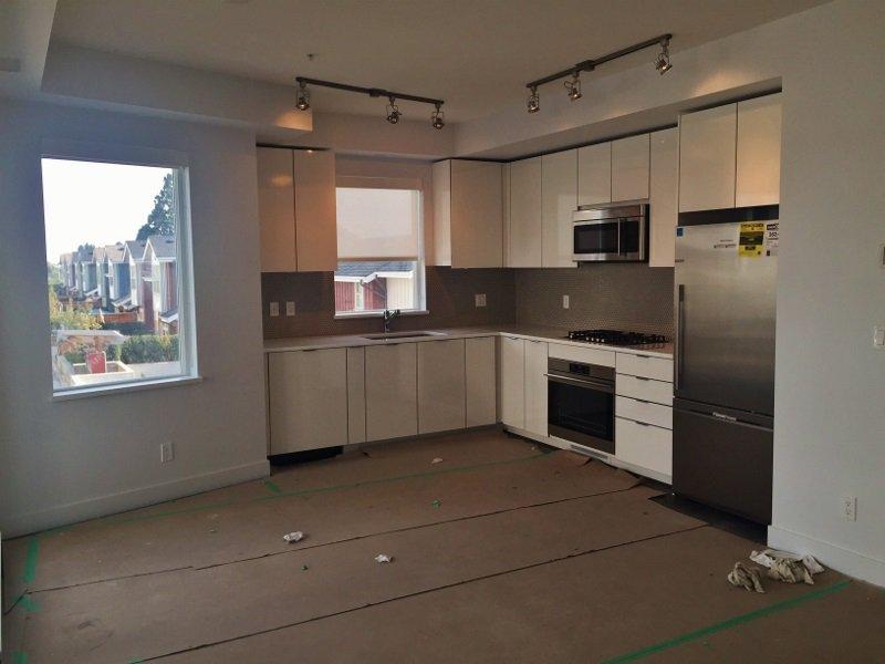 """Main Photo: 212 10011 RIVER Drive in Richmond: Bridgeport RI Condo for sale in """"Parc Riviera - Barcelona"""" : MLS®# V1109665"""