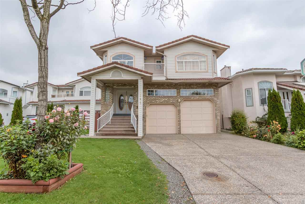 Main Photo: 345 MCGILLIVRAY Place in NEW WEST: Queensborough House for sale (New Westminster)  : MLS®# R2007825