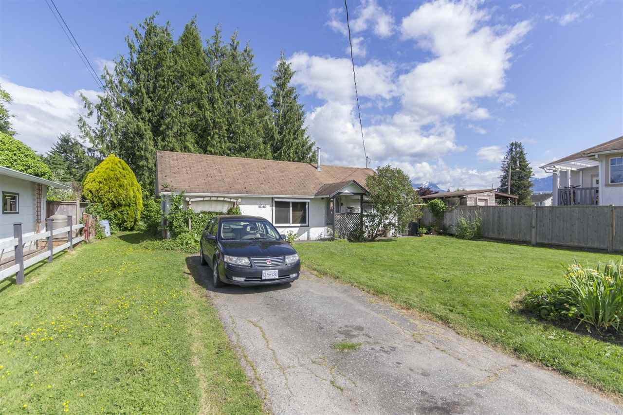 Main Photo: 9548 STANLEY Street in Chilliwack: Chilliwack N Yale-Well House for sale : MLS®# R2072595