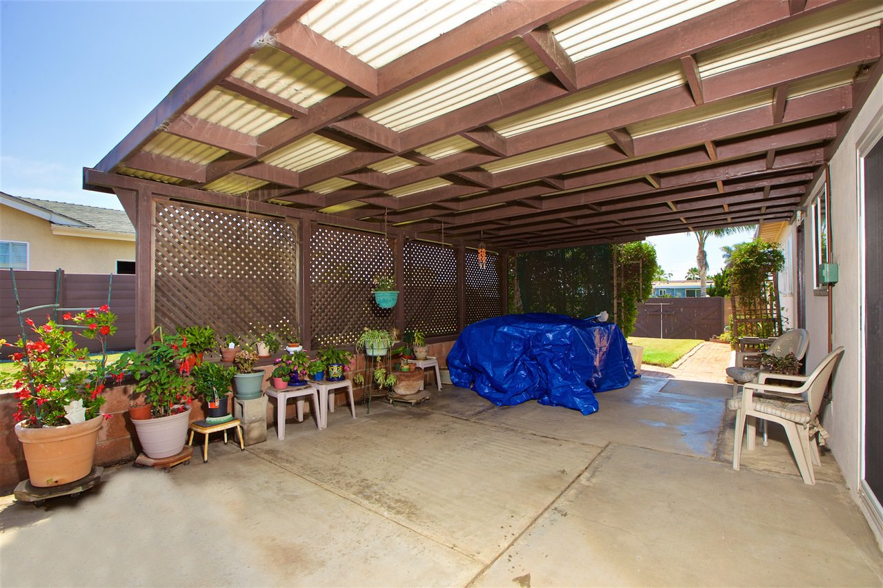 Photo 22: Photos: IMPERIAL BEACH House for sale : 3 bedrooms : 701 Hemlock Avenue