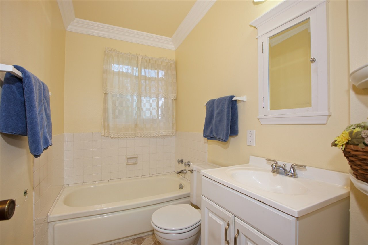 Photo 21: Photos: IMPERIAL BEACH House for sale : 3 bedrooms : 701 Hemlock Avenue