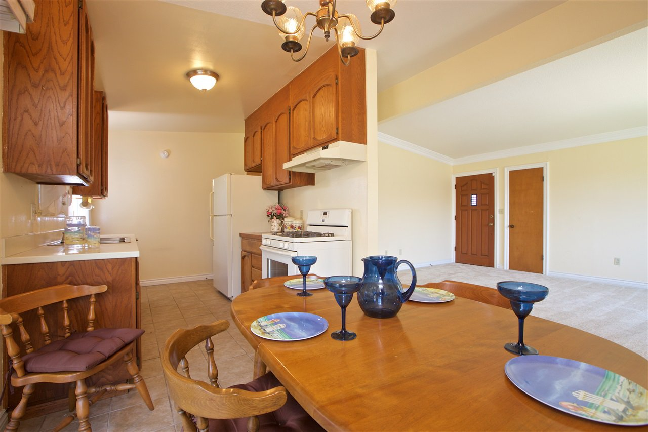 Photo 7: Photos: IMPERIAL BEACH House for sale : 3 bedrooms : 701 Hemlock Avenue