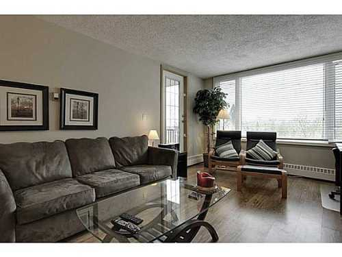 Main Photo: 460 8 Street SW in Calgary: Single Level Apartment for sale : MLS®# C3571101