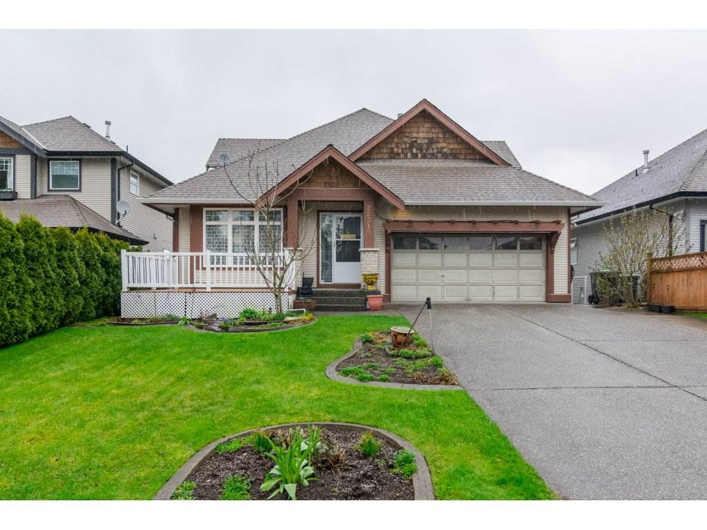 "Main Photo: 22319 50 Avenue in Langley: Murrayville House for sale in ""UPPER MURRAYVILLE"" : MLS®# R2154621"