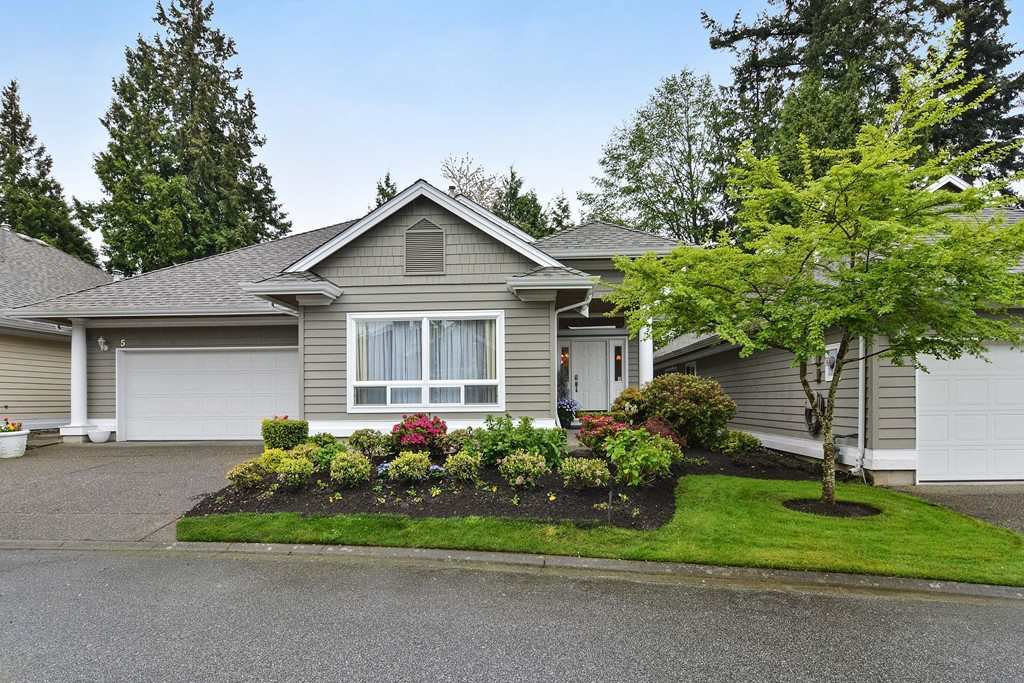 "Main Photo: 5 1881 144 Street in Surrey: Sunnyside Park Surrey Townhouse for sale in ""Brambley Hedge"" (South Surrey White Rock)  : MLS®# R2162090"