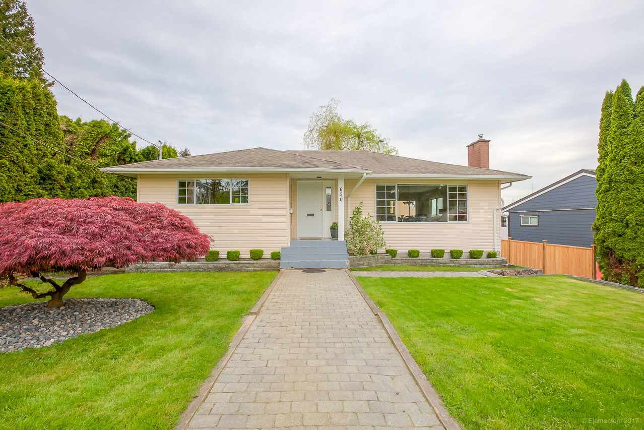 Main Photo: 650 RODERICK Avenue in Coquitlam: Coquitlam West House for sale : MLS®# R2165374