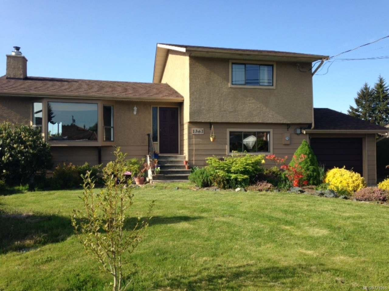 Main Photo: 1361 Greenwood Way in PARKSVILLE: PQ French Creek House for sale (Parksville/Qualicum)  : MLS®# 771991