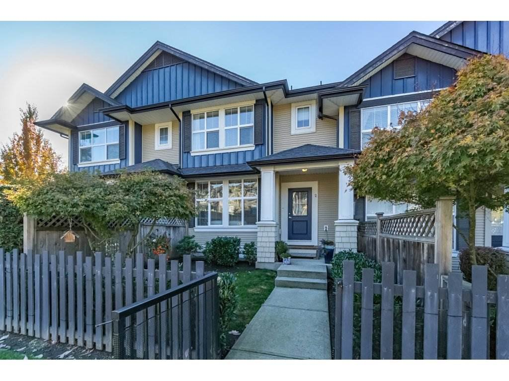 "Main Photo: 2 18199 70 Avenue in Surrey: Cloverdale BC Townhouse for sale in ""AUGUSTA"" (Cloverdale)  : MLS®# R2216334"