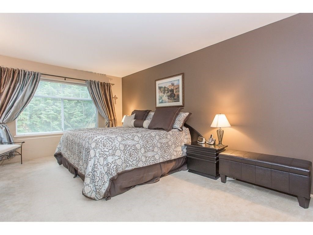 "Photo 12: Photos: 1973 PARKWAY Boulevard in Coquitlam: Westwood Plateau House 1/2 Duplex for sale in ""WESTWOOD PLATEAU"" : MLS®# R2224230"
