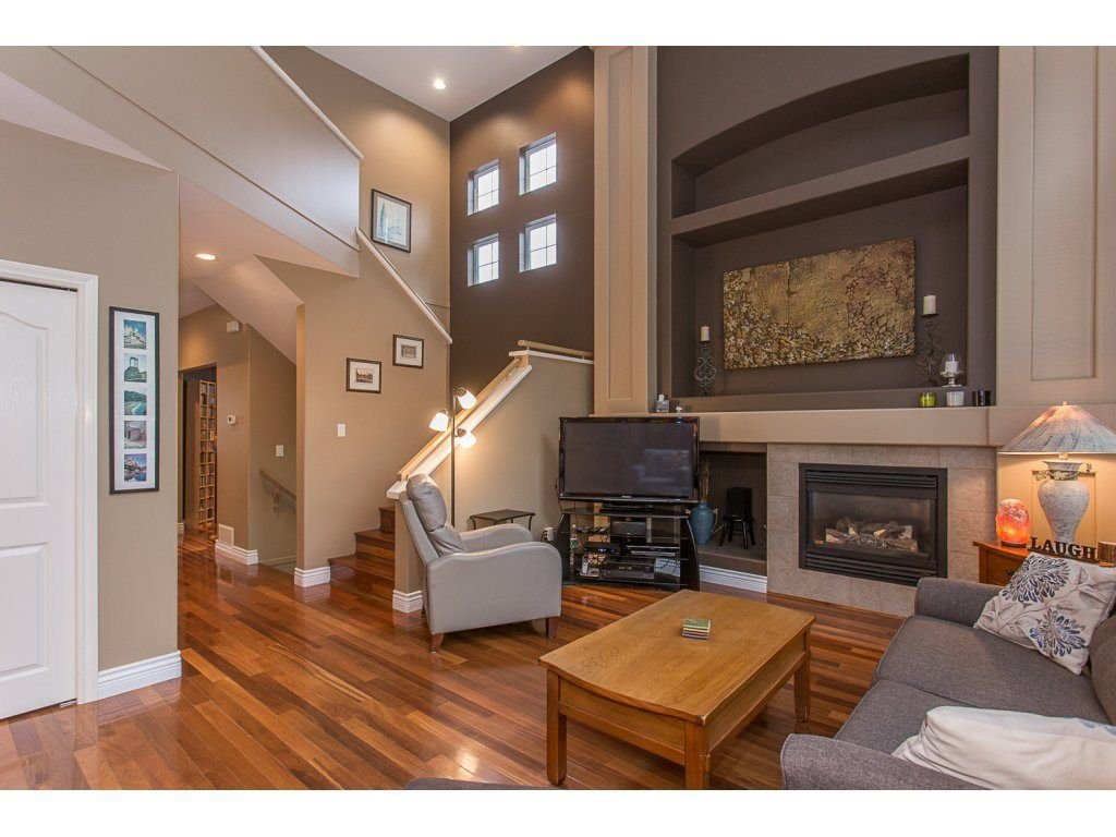 "Photo 8: Photos: 1973 PARKWAY Boulevard in Coquitlam: Westwood Plateau House 1/2 Duplex for sale in ""WESTWOOD PLATEAU"" : MLS®# R2224230"