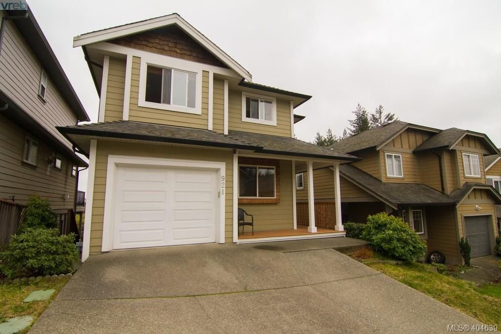 Main Photo: 921 Cavalcade Terrace in VICTORIA: La Florence Lake Single Family Detached for sale (Langford)  : MLS®# 404639
