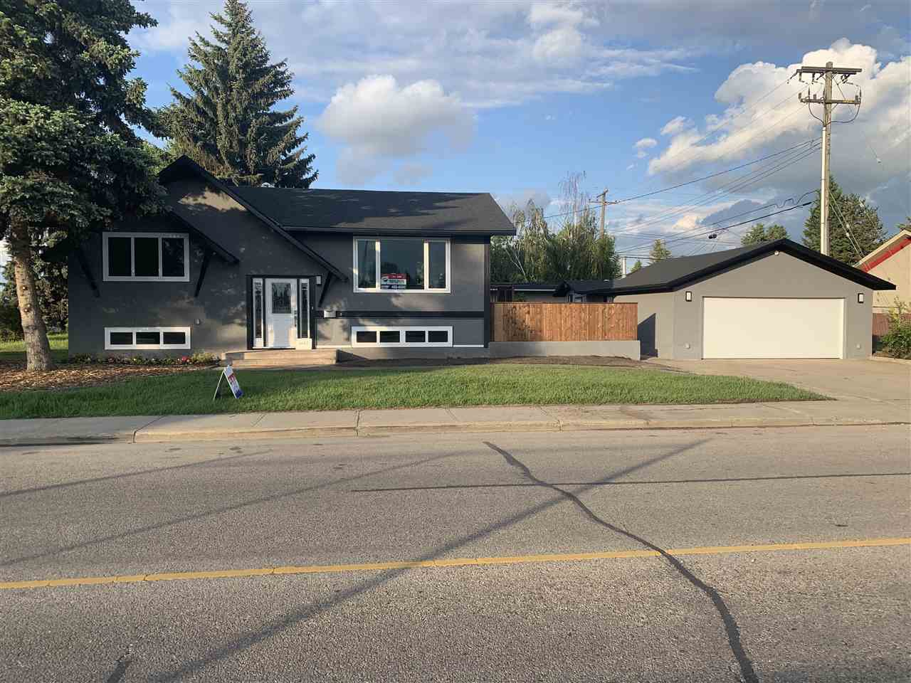 Main Photo: 9447 OTTEWELL Road in Edmonton: Zone 18 House for sale : MLS®# E4160873