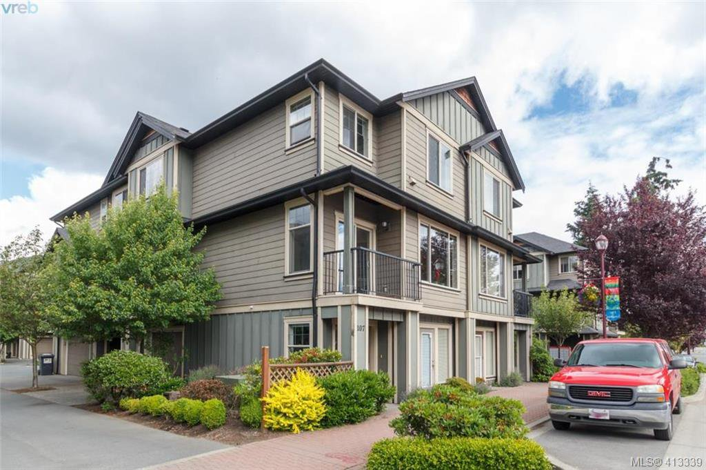 Main Photo: 107 2920 Phipps Road in VICTORIA: La Langford Proper Row/Townhouse for sale (Langford)  : MLS®# 413339