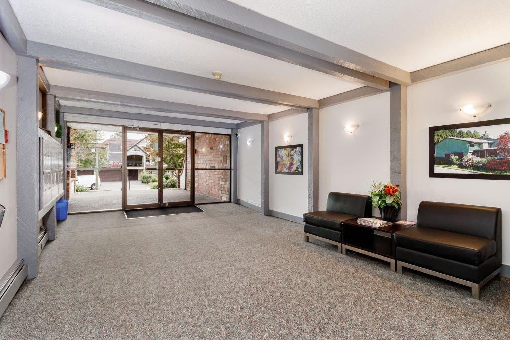"Photo 2: Photos: 308 - 7473 - 140 Street in Surrey: East Newton Condo for sale in ""GLENCOE  ESTATES"" : MLS®# R2410062"