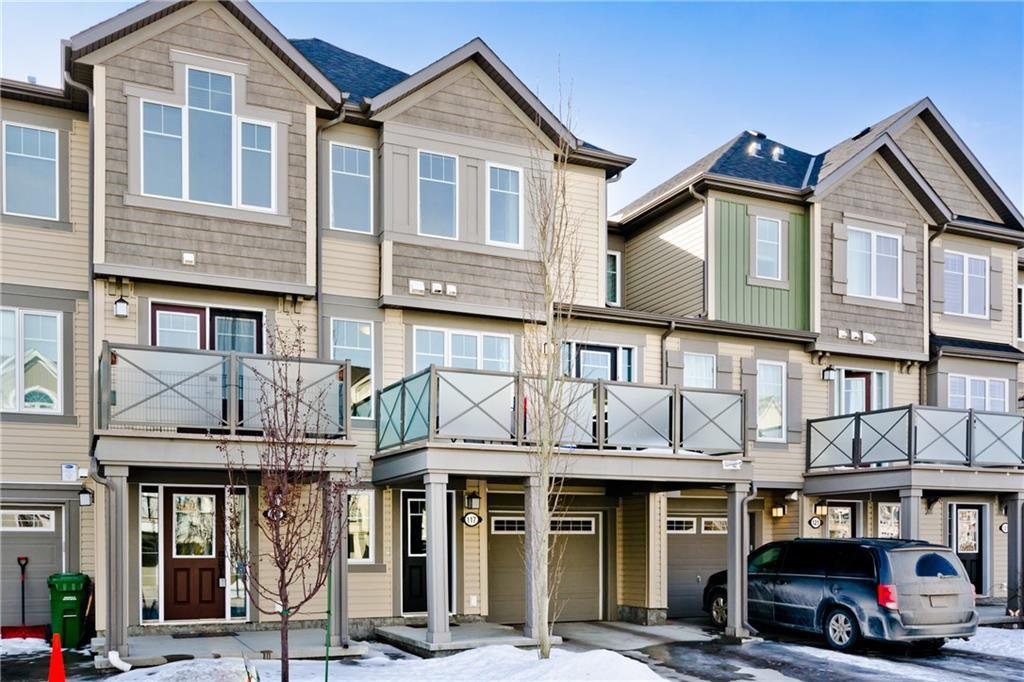 Main Photo: 117 Windstone Park SW: Airdrie Row/Townhouse for sale : MLS®# A1057841