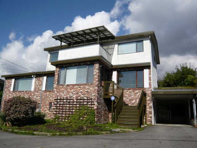 Main Photo: 1143 ESQUIMALT AVE in West Vancouver: Ambleside House for sale