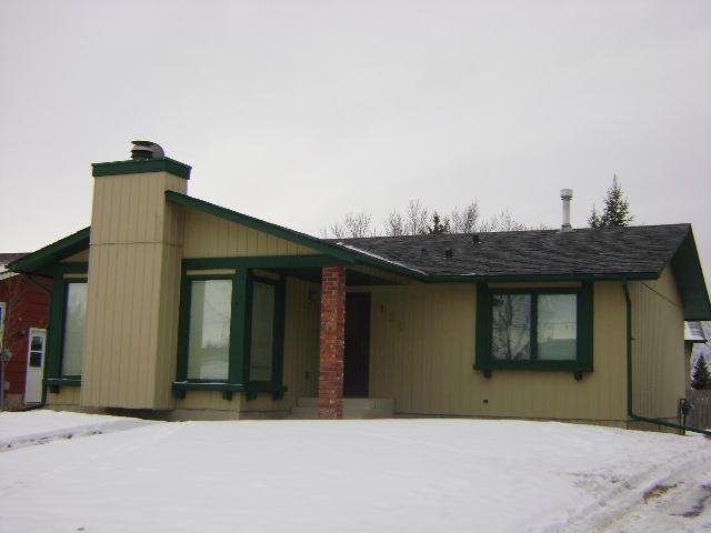 Main Photo: 104 WALDRON Avenue: Okotoks Residential Detached Single Family for sale : MLS®# C3593344