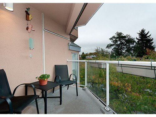 Photo 7: Photos: 303 2006 2ND Ave W in Vancouver West: Kitsilano Home for sale ()  : MLS®# V971021