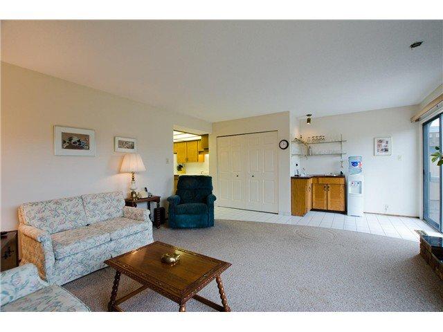 "Photo 10: Photos: 1230 MORRIS Crescent in Tsawwassen: Beach Grove House for sale in ""BEACH GROVE"" : MLS®# V1050262"