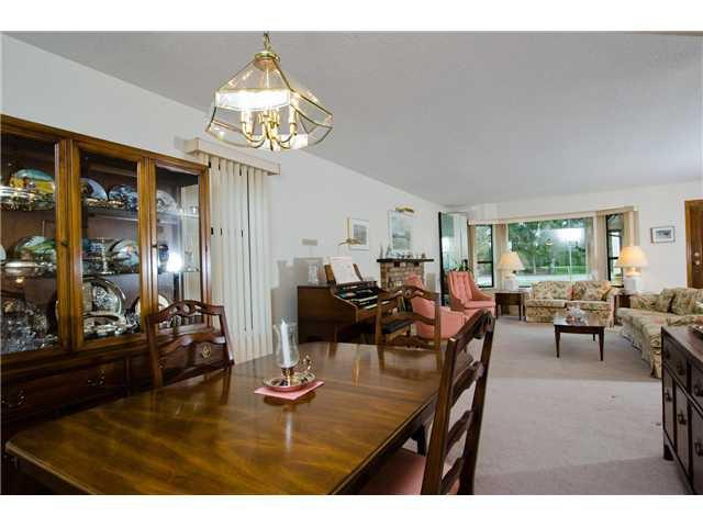 "Photo 6: Photos: 1230 MORRIS Crescent in Tsawwassen: Beach Grove House for sale in ""BEACH GROVE"" : MLS®# V1050262"