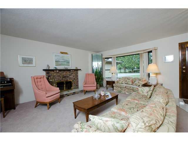 "Photo 4: Photos: 1230 MORRIS Crescent in Tsawwassen: Beach Grove House for sale in ""BEACH GROVE"" : MLS®# V1050262"